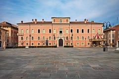Ravenna, Emilia-Romagna, Itália: Dalle Teste de Palazzo Rasponi, um palácio antigo na cidade velha fotografia de stock royalty free