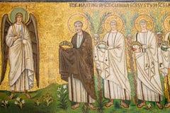 Ravenna Italien - 7 juli 2016 - basilika av San Vitale mosaiker Royaltyfri Foto