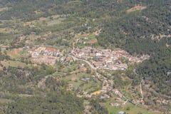 RavinFrio stad i Toppig bergskedja de Cazrola, Jaen, Spanien Royaltyfria Foton