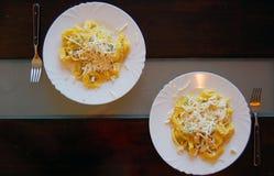 Ravioli που γεμίζουν με το σπανάκι και το ricotta, ιταλικά ζυμαρικά αυγών Στοκ εικόνα με δικαίωμα ελεύθερης χρήσης