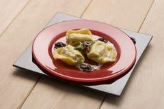 Ravioli avec des olives Photographie stock