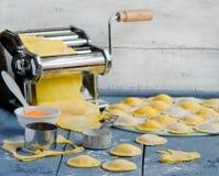 Ravioli di cottura domestica Fotografia Stock