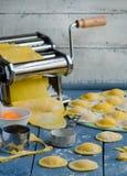 Ravioli di cottura domestica Fotografie Stock