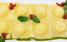 Ravioli met spinazie en Rikotta Stock Fotografie