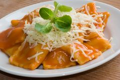 Ravioli in tomato sauce Royalty Free Stock Photography