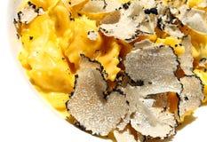 Raviolideegwaren met zwarte truffel Royalty-vrije Stock Foto's