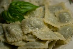 Raviolis con la comida del italiano de la mantequilla Imagenes de archivo