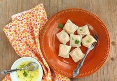 Raviolis de la calabaza con la salsa de la mantequilla Imagenes de archivo