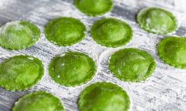 Raviolis verdes deliciosos Foto de archivo libre de regalías