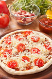 Raw Cheese And Tomato Pizza Royalty Free Stock Images