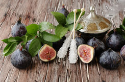 Raw figs in a wooden bowl, selective focus Royalty Free Stock Image