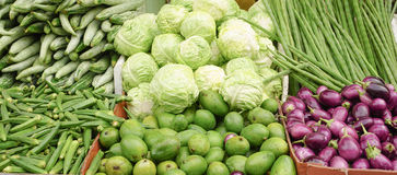 Raw green vegetables in a market Royalty Free Stock Photos