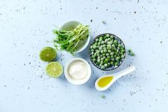 Raw ingredients ofr a vegetarian pea sopu Royalty Free Stock Photos