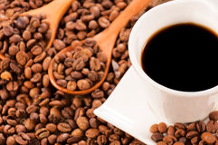 Raw and instant coffee Royalty Free Stock Photography