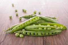 Raw pea Stock Photos