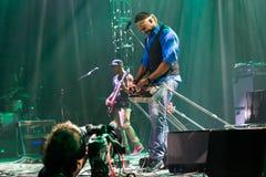 Rawa slösar festivalen 2014: Robert Randolph & familjmusikbandet Royaltyfri Fotografi