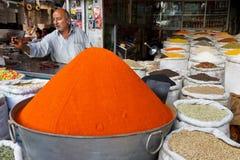 Bazar de Raja em Rawalpindi, Paquistão imagens de stock