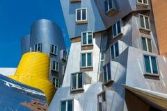 Ray och Maria Stata Center på universitetsområdet av MIT arkivfoton