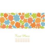 Raya inconsútil del verano con los elementos adornados del diseño de las bayas, de las flores y de las hojas para las tarjetas lin Foto de archivo libre de regalías