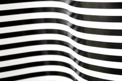 Rayas blancos y negros que curvan 2 Imagen de archivo libre de regalías