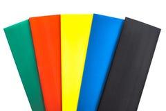 Rayas coloreadas extracto en un fondo blanco imagen de archivo
