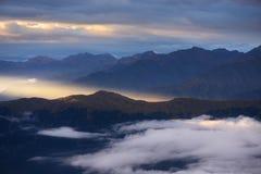 Rayo de sol en montañas Fotografía de archivo libre de regalías