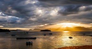 Rayon de Dieu après des levers de soleil Photos libres de droits