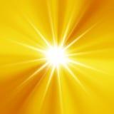 Rayon de soleil orange   fond Photo stock