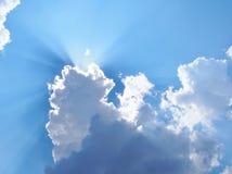 Rayon de soleil sur le ciel Photos libres de droits