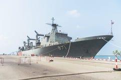Rayong, Thaïlande 26 avril 2017 : HTMS Chakri Naruebet le navire amiral Image stock