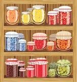 Rayons de magasin avec la confiture Image stock