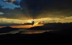 Rayons de soleil et le coucher du soleil Photos libres de droits