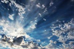 Rayons de soleil et nuages Photo libre de droits
