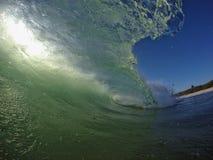 Rayos de la luz del sol a través del océano Imagen de archivo