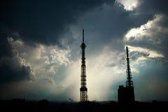 Rayos de la luz hermosos que hacen tiro las nubes en São Pablo Imagen de archivo