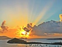 Rayos solares en paraíso foto de archivo