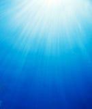Rayos subacuáticos de Sun Imágenes de archivo libres de regalías