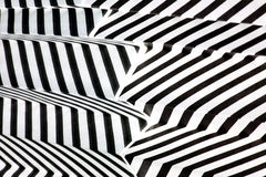 Rayures noires et blanches de réflexion Photographie stock