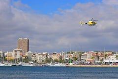 Raza Alicante 2017 del océano de Volvo del helicóptero de la TV Imágenes de archivo libres de regalías