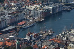 Raza alta 2015 de la nave en Bergen imagen de archivo