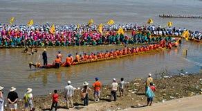 Raza de barco camboyana del festival del agua Fotografía de archivo libre de regalías