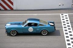 Raza de coche clásica fotos de archivo