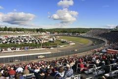 Raza del carro de NASCAR en el NH Fotografía de archivo libre de regalías
