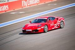 Razas del entrenamiento de Ferrari en el autodrom Fotos de archivo libres de regalías