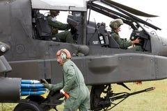 Razzi dell'attacco con elicottero di Apache Immagini Stock