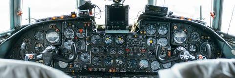 An-24rb no aeroporto Imagem de Stock Royalty Free