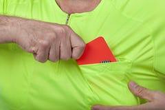 Árbitro Whit Red Card Fotos de Stock Royalty Free