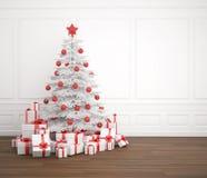 Árbol de navidad blanco y rojo Imágenes de archivo libres de regalías
