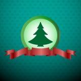 Árbol de navidad con la cinta roja Fotografía de archivo