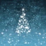 Árbol de navidad con nieve Imagen de archivo